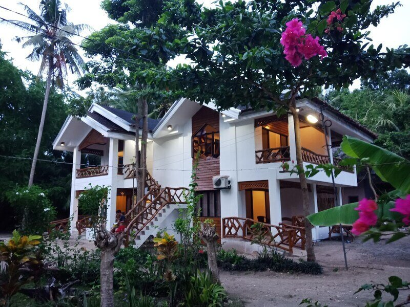 Beaach House, Trees, Coconut Trees, FLowers, White Sand,