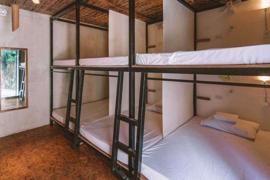 Bunk beds, mirror