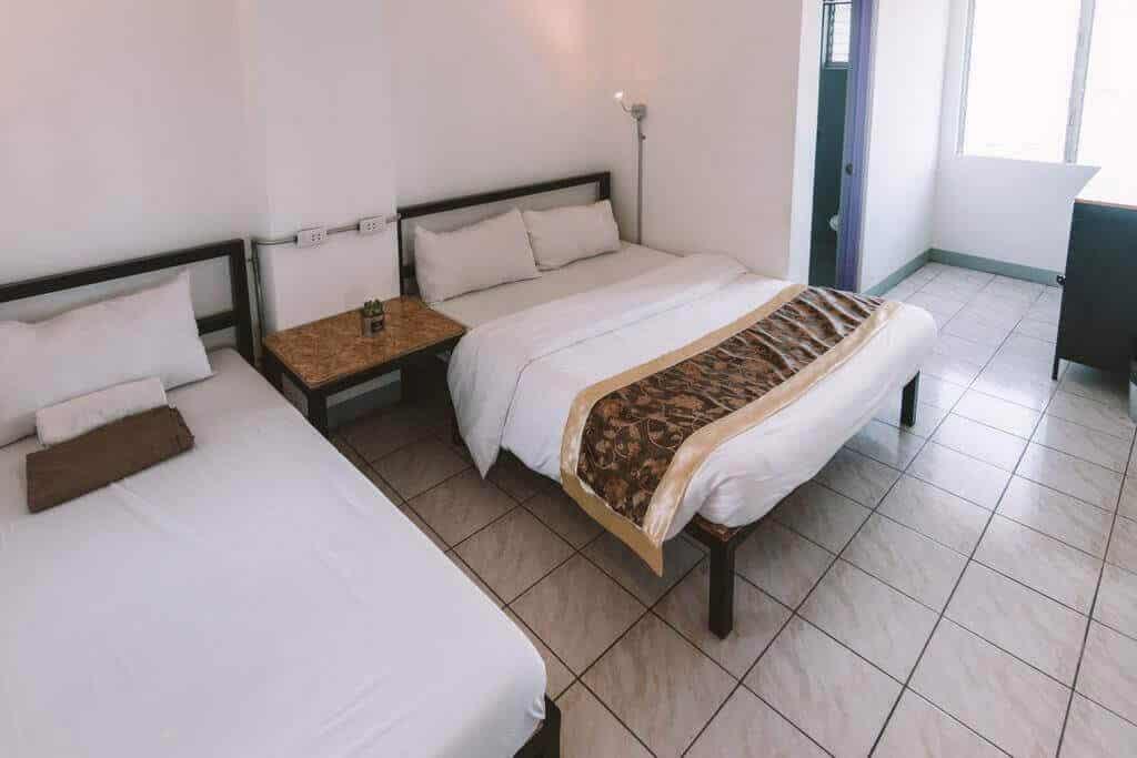 Bedroom, Bed, Nightstand, Desk, Table, Window