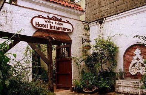 White Knight Hotel Intramuros, Trees, Entrance